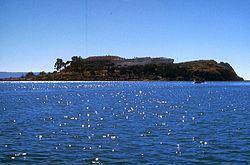 Esteves (island) httpsuploadwikimediaorgwikipediacommonsthu