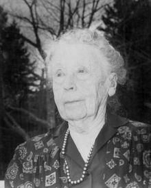 Esther E. Wood httpsuploadwikimediaorgwikipediaenthumba