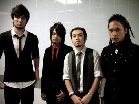 Estranged (band) I39ve got Sunshine If you like music played LIVE