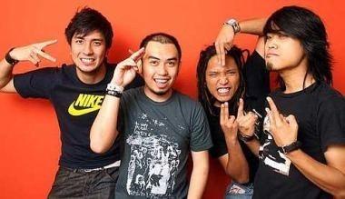 Estranged (band) Power Of Malaysia Estranged