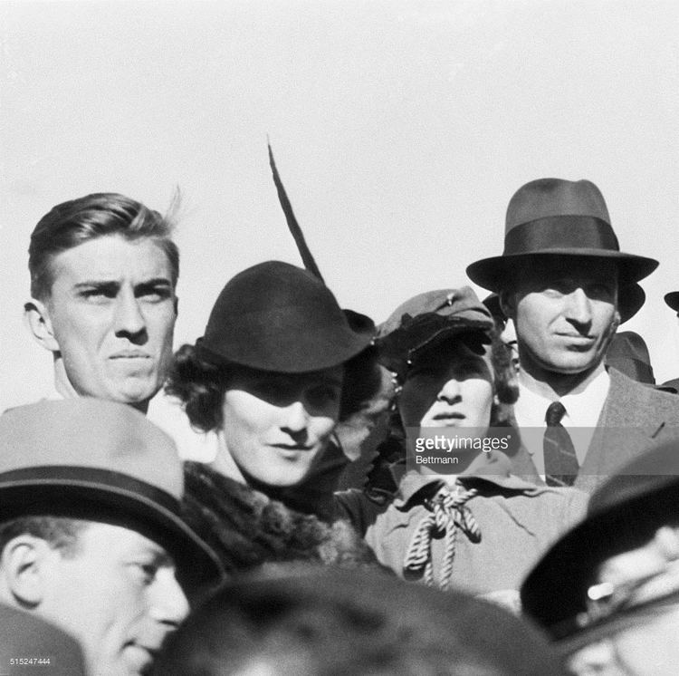 Ethel du Pont Rare Picture of Presidents Son and Fiancee Together Roosevelt