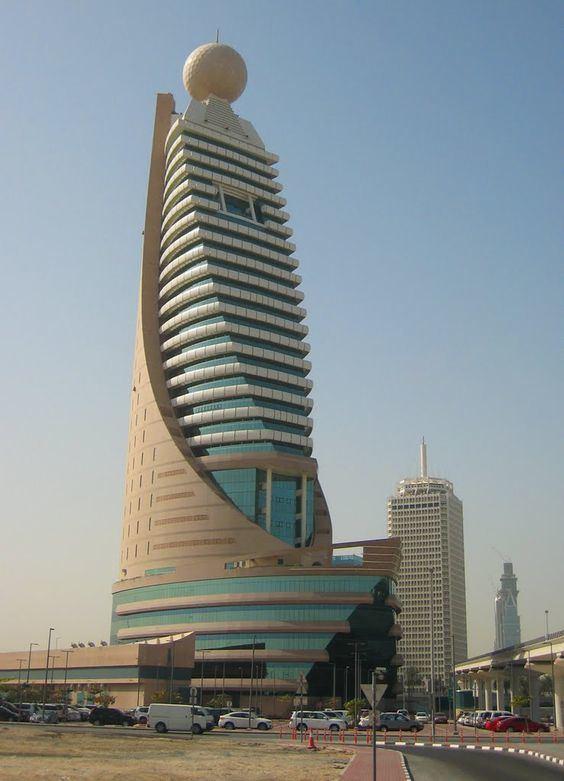 Etisalat Tower 1 httpssmediacacheak0pinimgcom564x949872