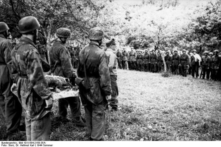 Eugen Meindl FileBundesarchiv Bild 101I584215835A Frankreich General Eugen