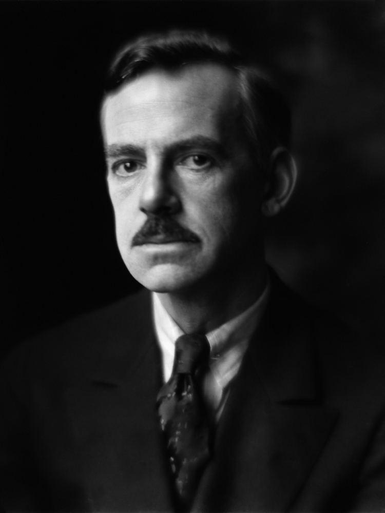 Eugene O'Neill httpsuploadwikimediaorgwikipediacommons33