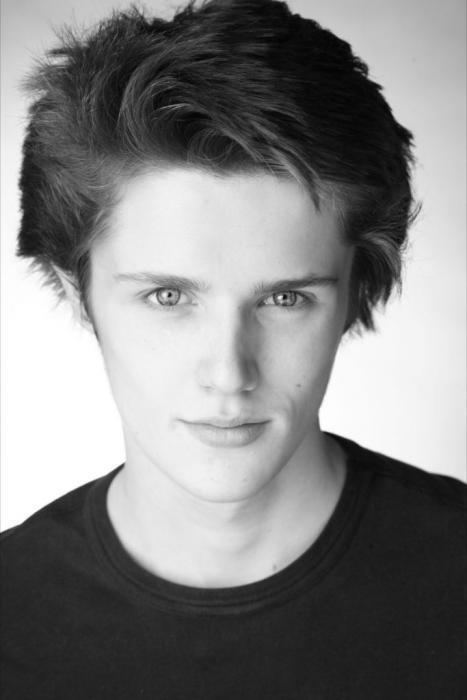 Eugene Simon Eugene Simon Eugene Simon Photo 21169715 Fanpop