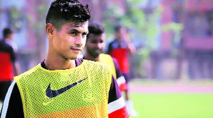 Eugeneson Lyngdoh Late bloomer Eugeneson Lyngdoh takes a shot in the right