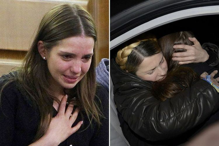 Eugenia Tymoshenko Ukraine Yulia Tymoshenko39s daughter reacts tearfully to