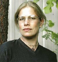 Eva Sallis wwwtheagecomauffximage20040723SALLISjpg