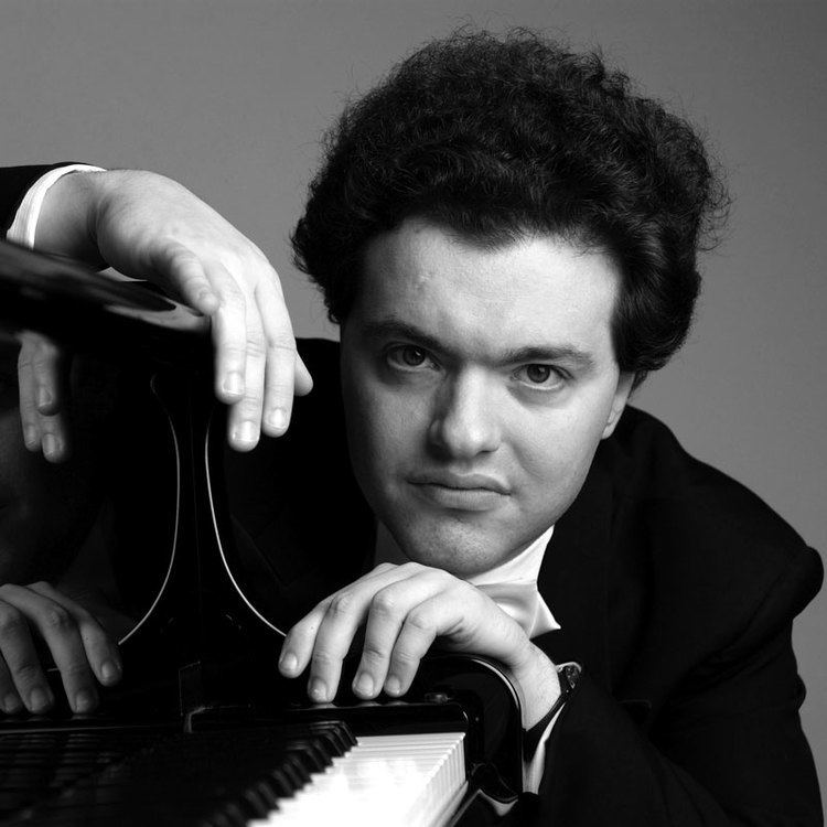 Evgeny Kissin Mussorgsky Mondays Evgeny Kissin plays Pictures at an