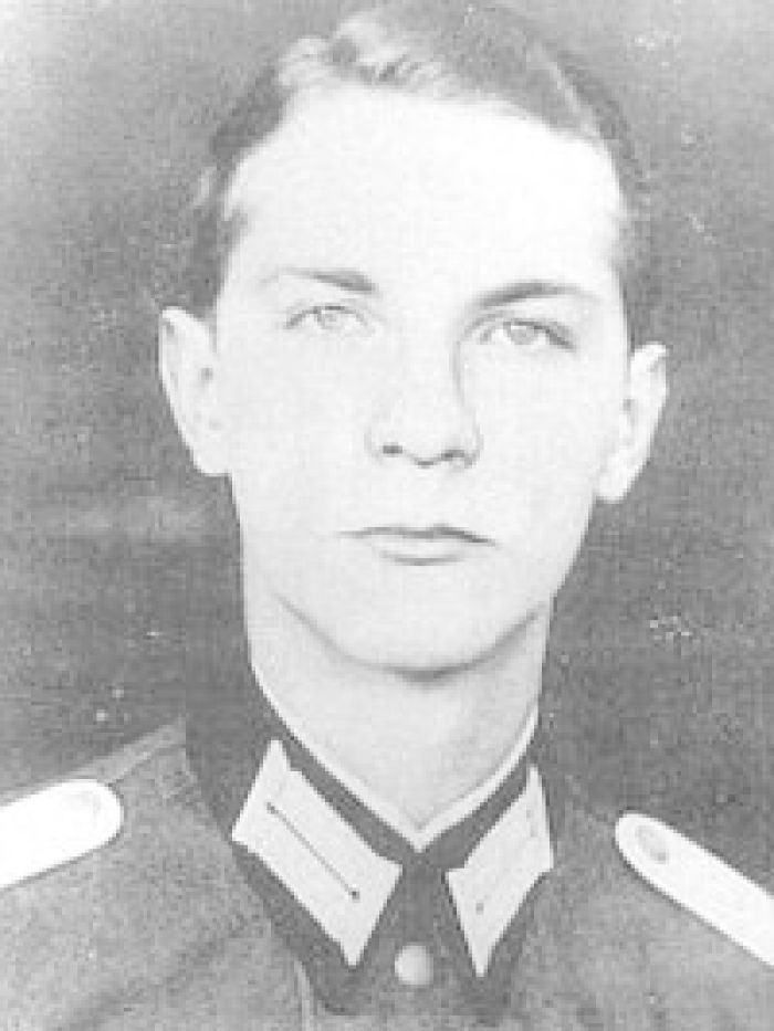 Ewald-Heinrich von Kleist-Schmenzin EwaldHeinrich von KleistSchmenzin in his German army