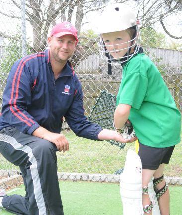 Ewen Thompson (Cricketer)