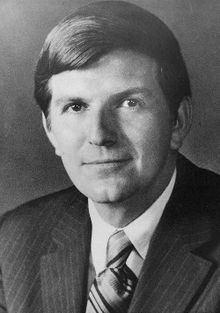 F. David Mathews httpsuploadwikimediaorgwikipediacommonsthu