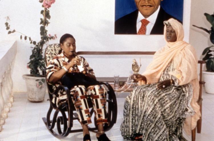 Faat Kine movie scenes FAAT KINE Mame Ndoumbe Venus Seye 2000 c New Yorker
