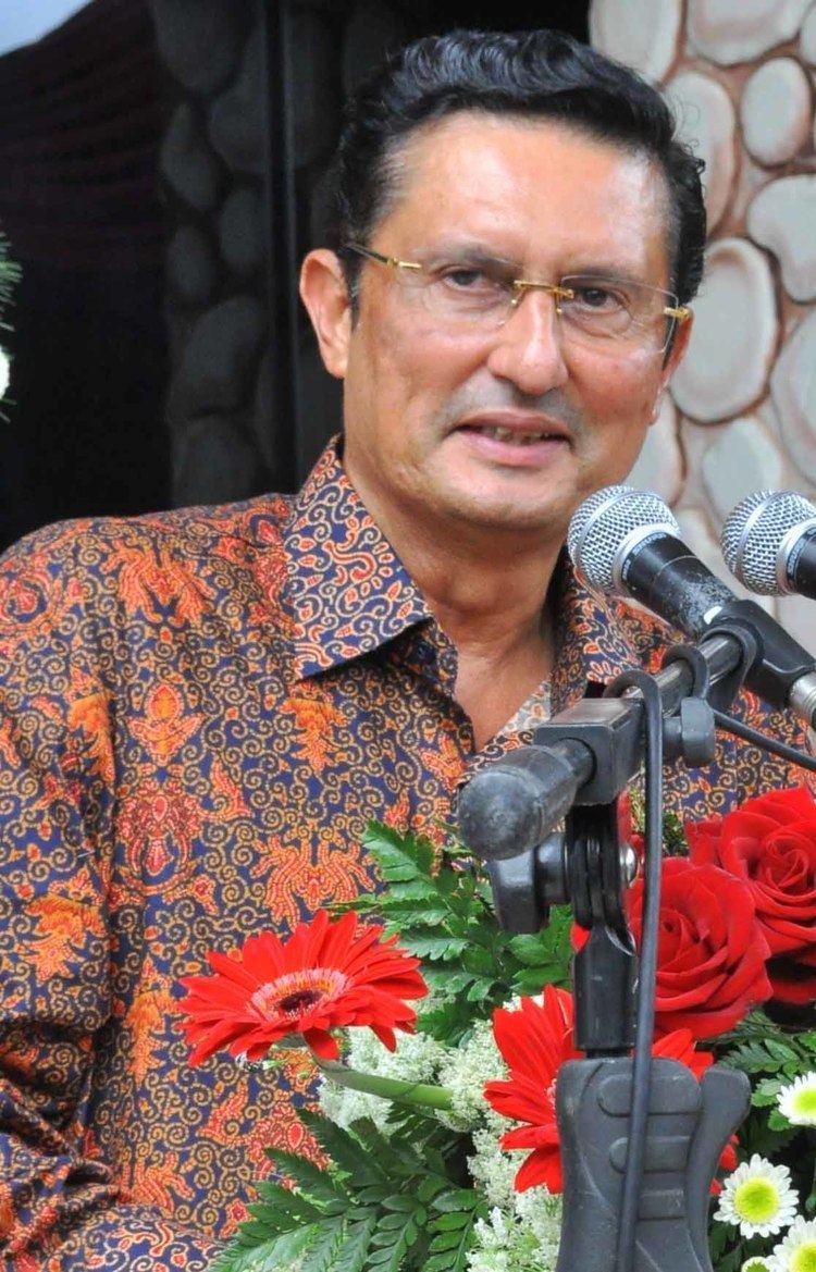 Fadel Muhammad Prasetya Online Fadel Muhammad Opens FIAUB Building