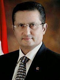 Fadel Muhammad httpsuploadwikimediaorgwikipediaidthumbf