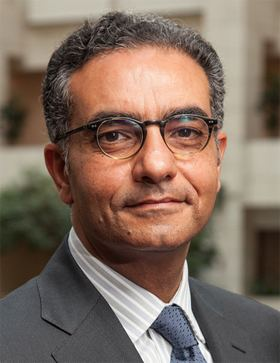 Fadi Chehadé ICANN Names a New CEO to Replace Rod Beckstrom Fadi Chehad to