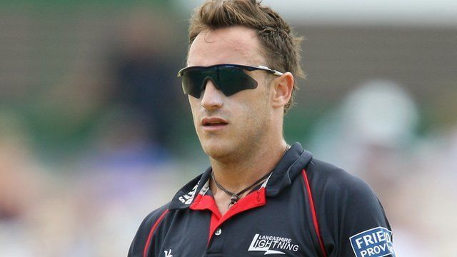 Faf du Plessis (Cricketer) playing cricket