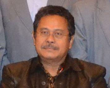 Fahmi Idris Fahmi Idris Kehilangan Istri Tercinta Poskota News
