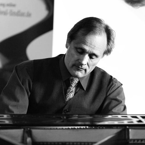 Falko Steinbach Falko Steinbach Department of Music The University of New Mexico