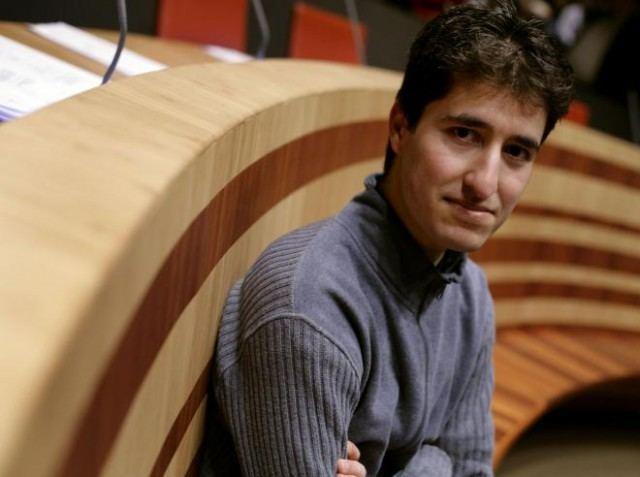 Farshad Bashir Jongste Kamerlid ooit voelt zich nog Fries Frysln Kiest