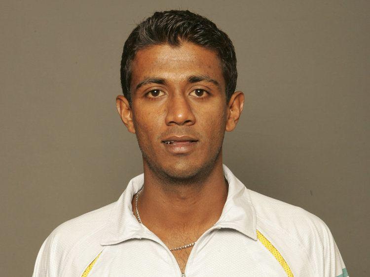 Farveez Maharoof (Cricketer)
