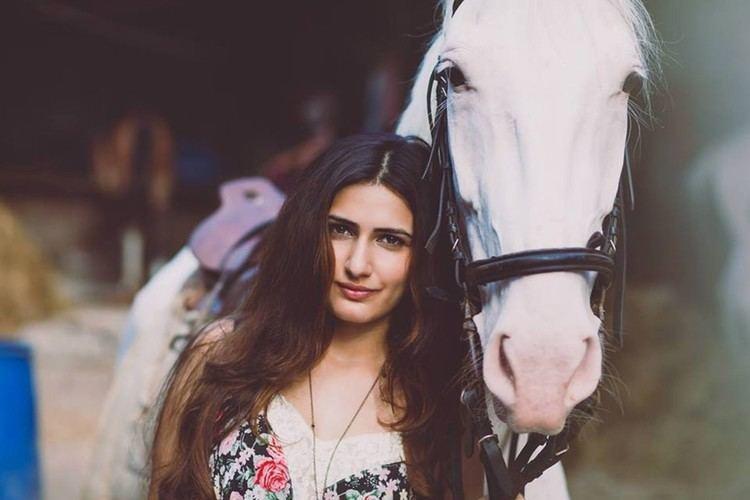Fatima Sana Shaikh Dangal movie actress Fatima Sana Shaikh hot and unseen photo 2017