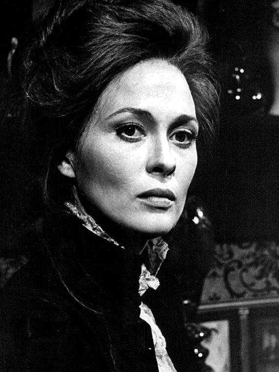 Faye Dunaway httpsuploadwikimediaorgwikipediacommons55