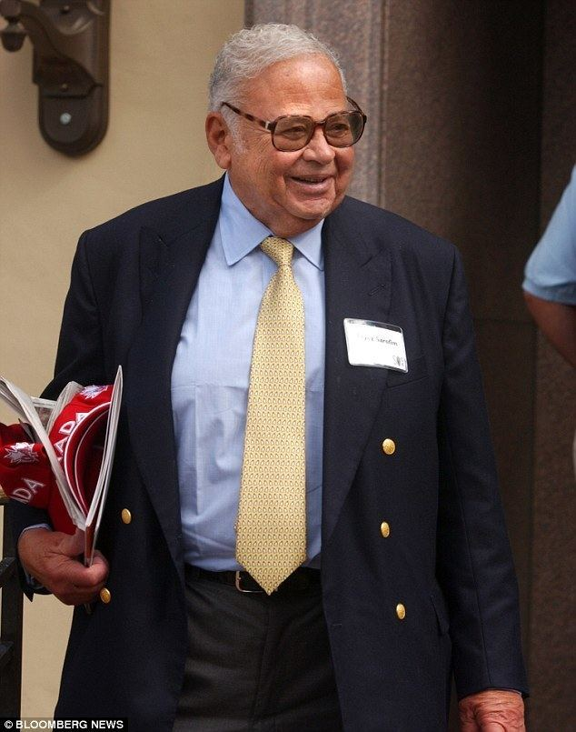 Fayez Sarofim Texas billionaire 85 set to marry his son39s motherin