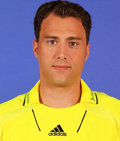 Felix Zwayer mediadbkickerde2012fussballschiedsrichterxl
