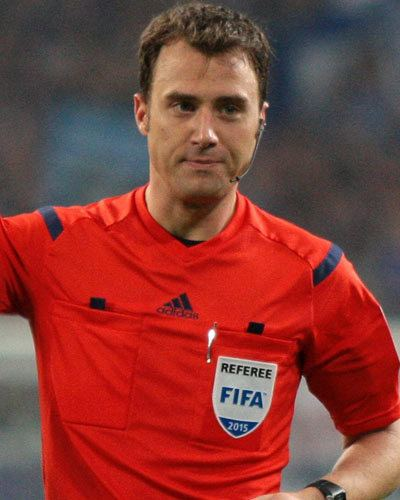 Felix Zwayer Felix Zwayer Matches as referee