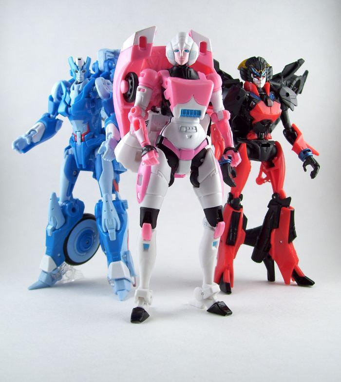 Female Autobots Generations Female Autobots Transformers Generations Arcee Flickr
