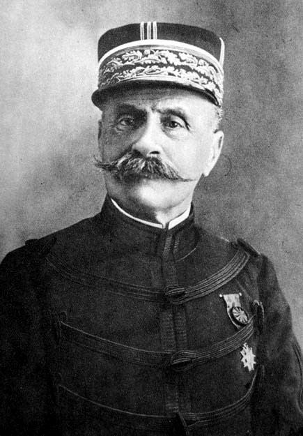Ferdinand Foch FileFerdinand Foch pre 1915jpg Wikimedia Commons