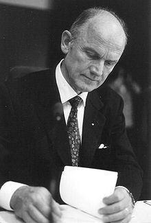 Ferdinand Piëch httpsuploadwikimediaorgwikipediacommonsthu