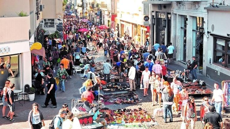 Feria de San Telmo feria de San Telmo ya llega a Plaza de Mayo y se vende cualquier cosa