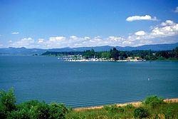 Fern Ridge Reservoir httpsuploadwikimediaorgwikipediacommonsthu