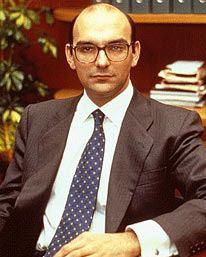 Fernando Abril Martorell httpsuploadwikimediaorgwikipediaenddeFer