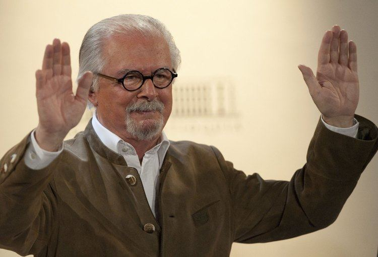 Fernando Botero 10 Things You Didn39t Know About Colombian Artist Fernando