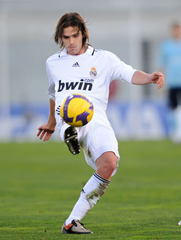 Fernando Gago Gago Real Madrid Real Madrid pins by JosSs Pinterest Real