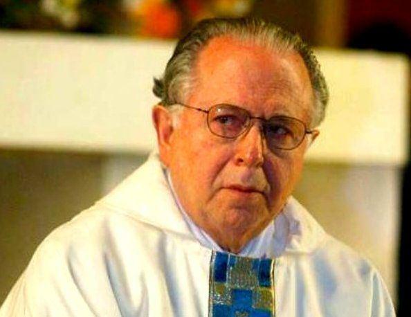 Fernando Karadima Father Fernando Karadima rapevictimsofthecatholicchurch