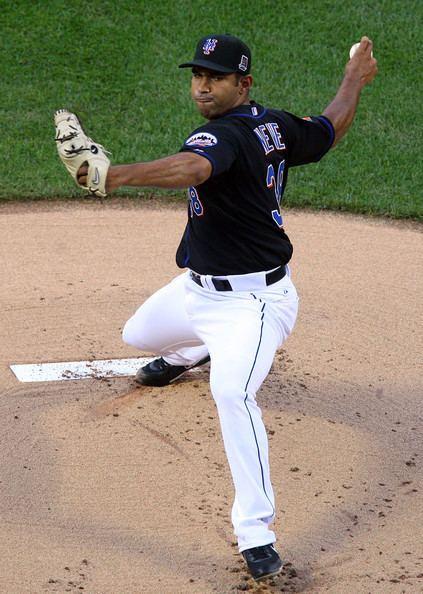 Fernando Nieve Fernando Nieve Photos Tampa Bay Rays v New York Mets