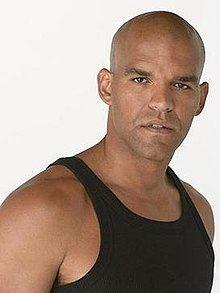 Fernando Sucre httpsuploadwikimediaorgwikipediaenthumb0