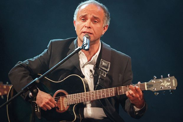Fernando Ubiergo Fernando Ubiergo 22 Grandes Canciones Enamorndonos
