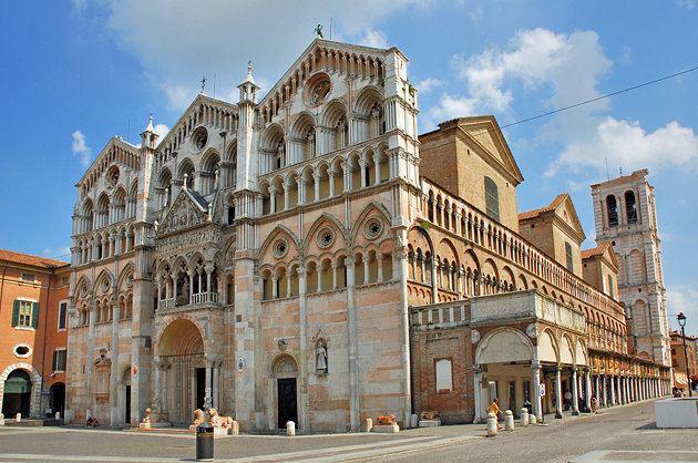 Ferrara wwwplanetwarecomphotoslargeitalyferrarastg