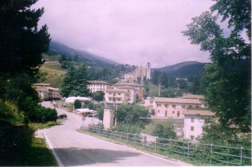 Ferrara di Monte Baldo httpsmw2googlecommwpanoramiophotosmedium