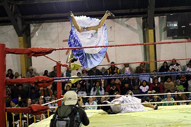 Fighting Cholitas Lucha Libre amp the Fighting Cholitas Bolivia For 91 Days