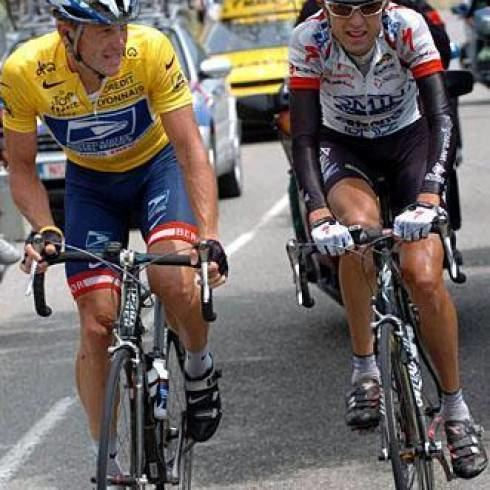 Filippo Simeoni Simeoni quotArmstrong and past still haunt mequot Cyclingnewscom