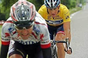 Filippo Simeoni Armstrong Hunts Down Rider Bicycling
