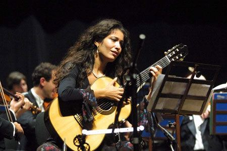 Filomena Moretti Filomena Moretti Guitar Short Biography