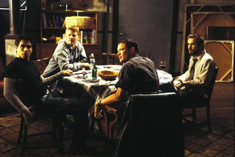 Finders Fee movie scenes FINDER S FEE Erik Palladino Dash Mihok Matthew Lillard Ryan Reynolds 2001