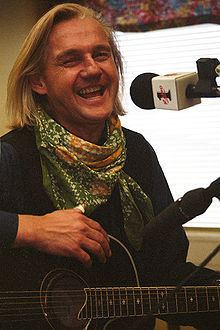 Finn Kalvik httpsuploadwikimediaorgwikipediacommonsthu